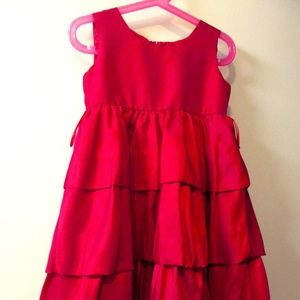 RED DRESS LAYERED WITH PUFFED BOTTOM. 3T
